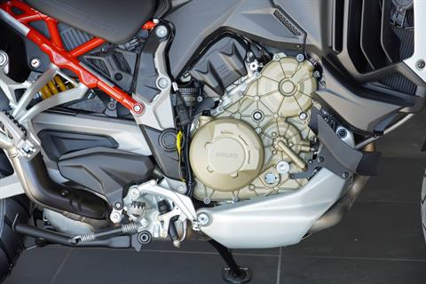 2021 Ducati Multistrada V4 S Travel & Radar in West Allis, Wisconsin - Photo 3