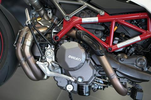 2021 Ducati Hypermotard 950 SP in West Allis, Wisconsin - Photo 7