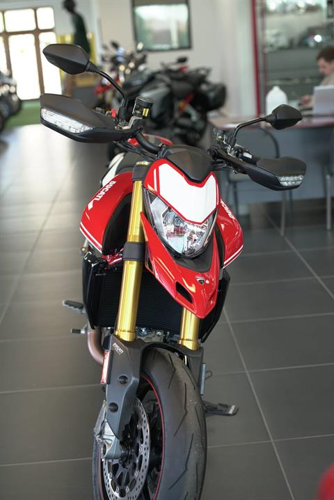 2021 Ducati Hypermotard 950 SP in West Allis, Wisconsin - Photo 2