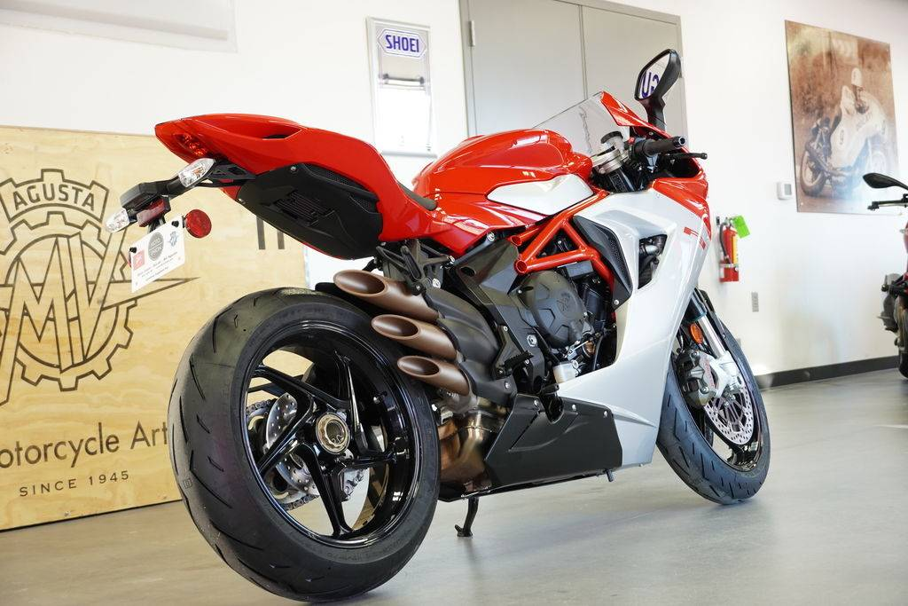 2020 MV Agusta F3 800 in West Allis, Wisconsin - Photo 7