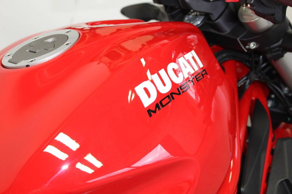 2020 Ducati Monster 797+ in West Allis, Wisconsin - Photo 12