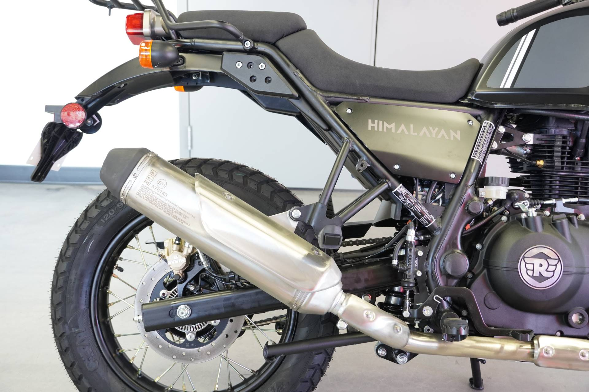 2021 Royal Enfield Himalayan 411 EFI ABS in West Allis, Wisconsin - Photo 9