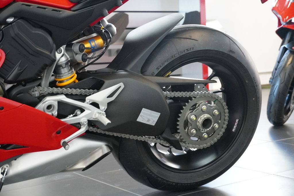 2021 Ducati Panigale V4 S in West Allis, Wisconsin - Photo 4