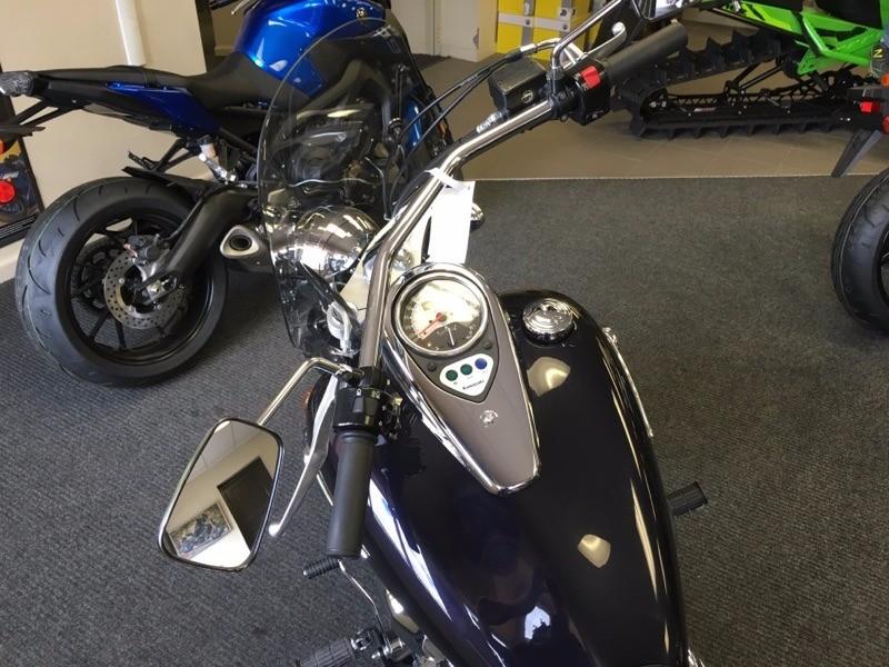 2012 Kawasaki Vulcan® 900 Custom in Butte, Montana