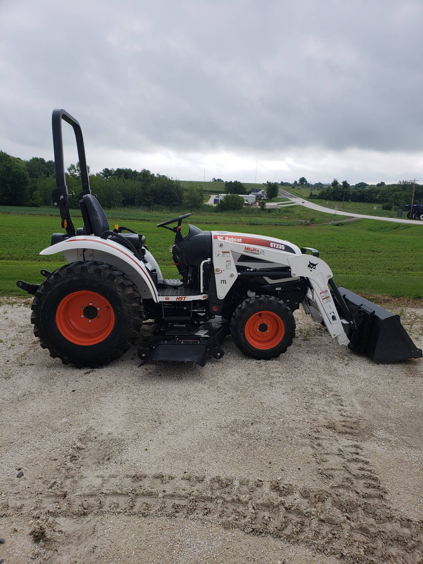 2013 Bobcat CT235 in Fond Du Lac, Wisconsin