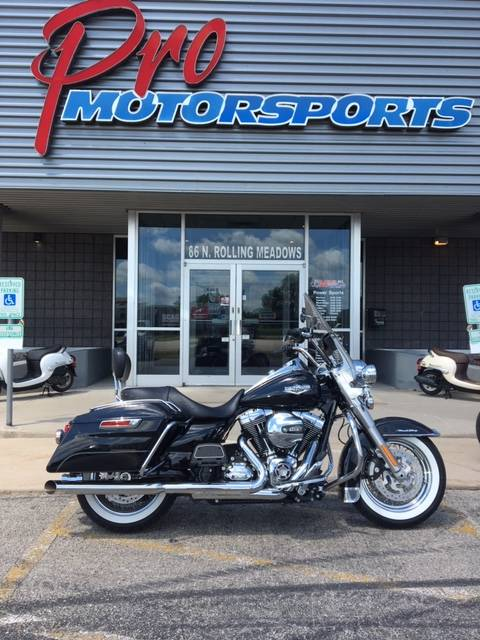 2016 Harley-Davidson Road King® in Fond Du Lac, Wisconsin