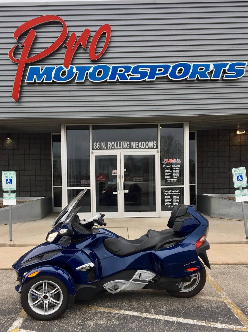 2010 Can-Am Spyder® RT Audio & Convenience SM5 in Fond Du Lac, Wisconsin - Photo 1