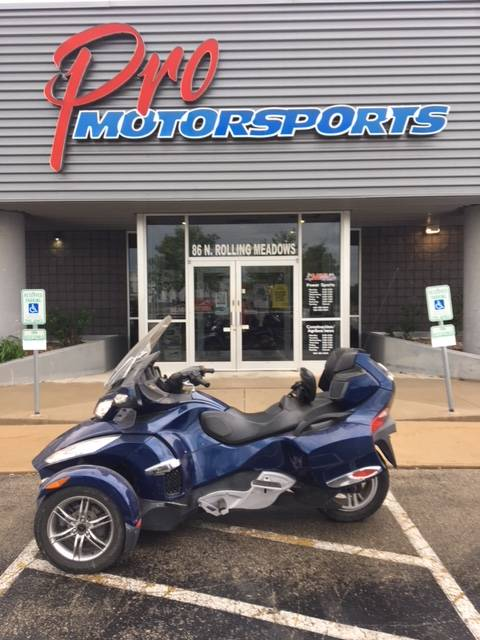 2010 Can-Am Spyder™ RT-S SM5 in Fond Du Lac, Wisconsin