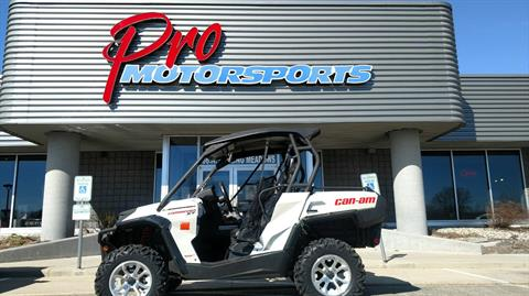 2015 Can-Am Commander™ XT™ 1000 in Fond Du Lac, Wisconsin
