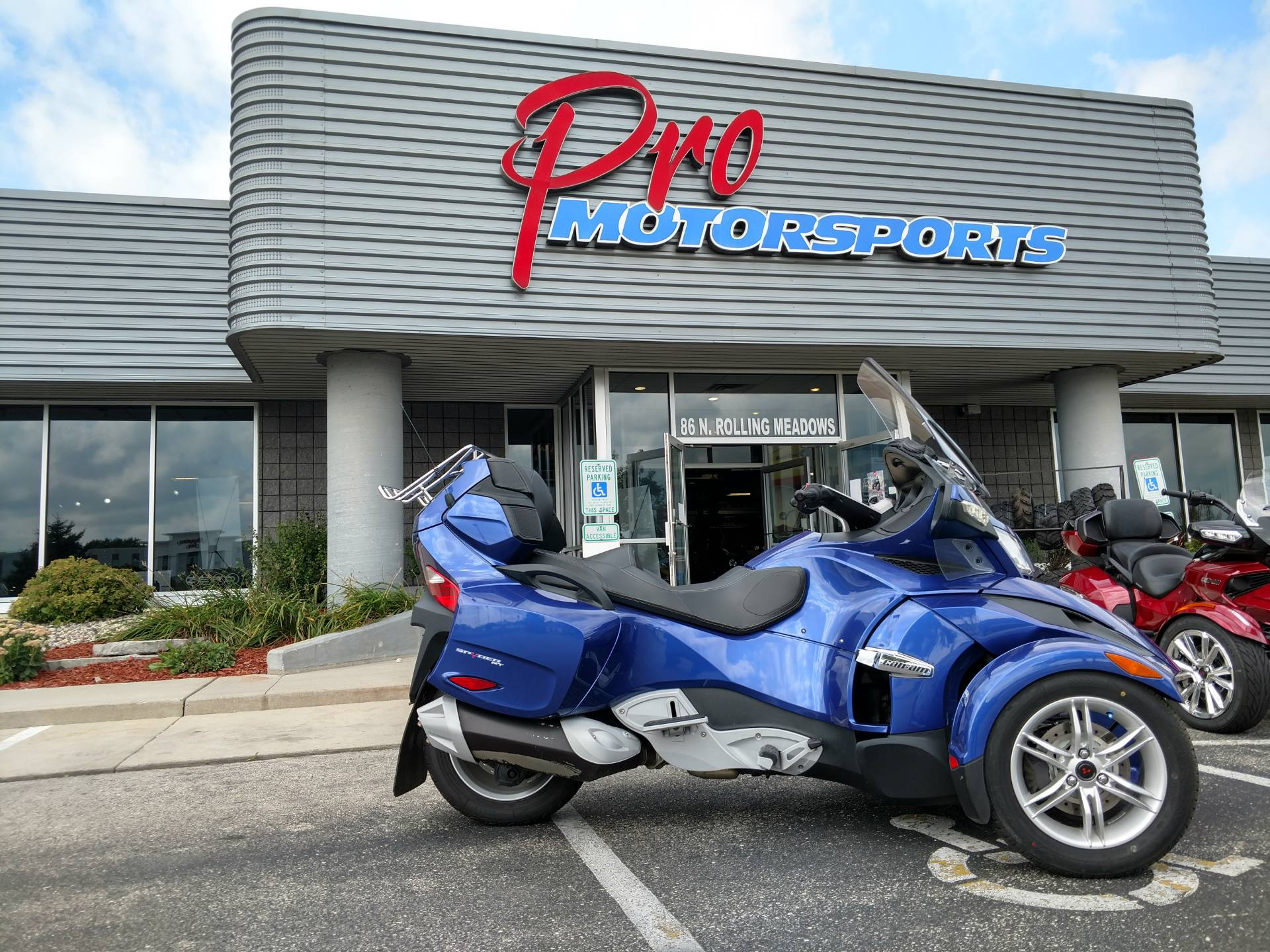 2012 Can-Am Spyder® RT Audio & Convenience SM5 in Fond Du Lac, Wisconsin