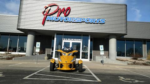 2013 Can-Am Spyder® RT-S SE5 in Fond Du Lac, Wisconsin