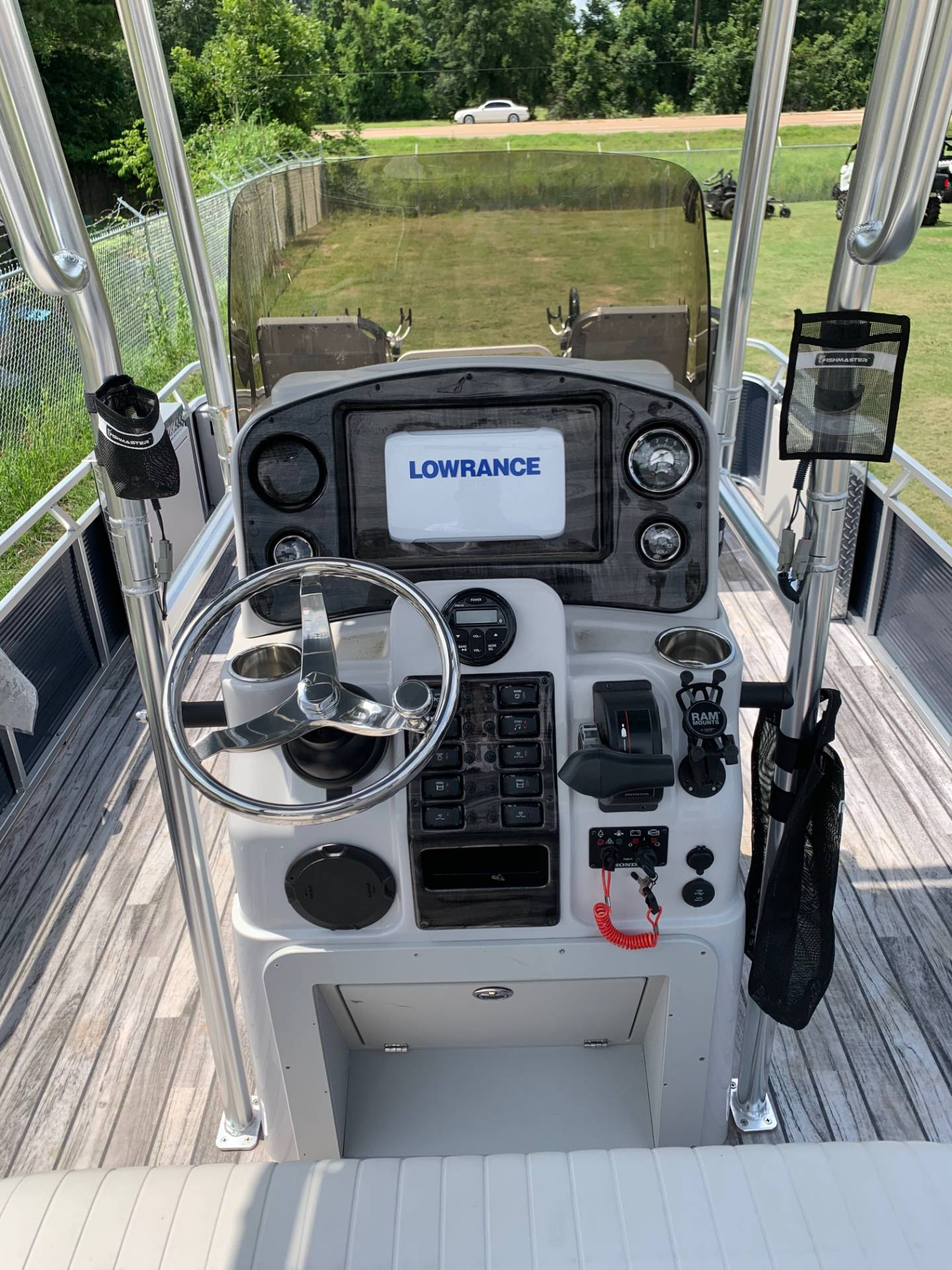 2019 Angler Qwest 824 CRAPPIE PONTOON in Greenwood, Mississippi - Photo 6