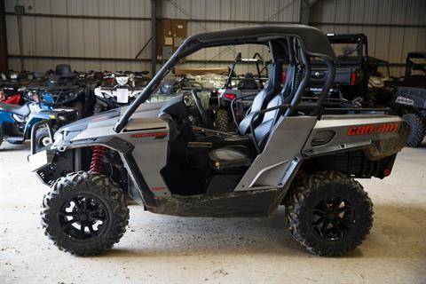 2015 Can-Am Commander™ XT™ 1000 in Greenwood, Mississippi