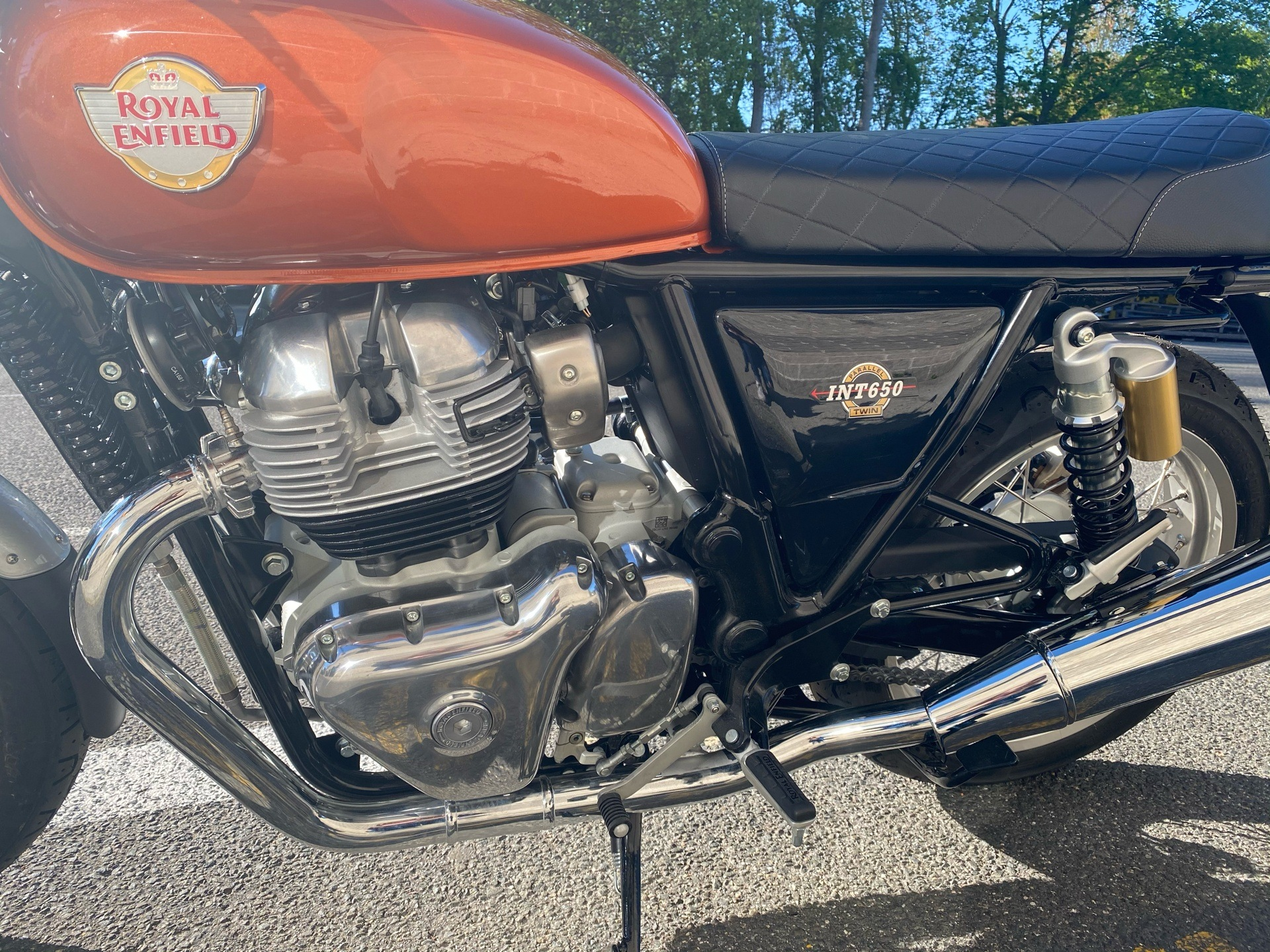 2020 Royal Enfield INT650 in Enfield, Connecticut - Photo 20
