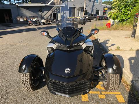 2015 Can-Am Spyder® F3 SE6 in Enfield, Connecticut - Photo 11