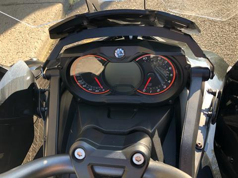 2015 Can-Am Spyder® F3 SE6 in Enfield, Connecticut - Photo 17