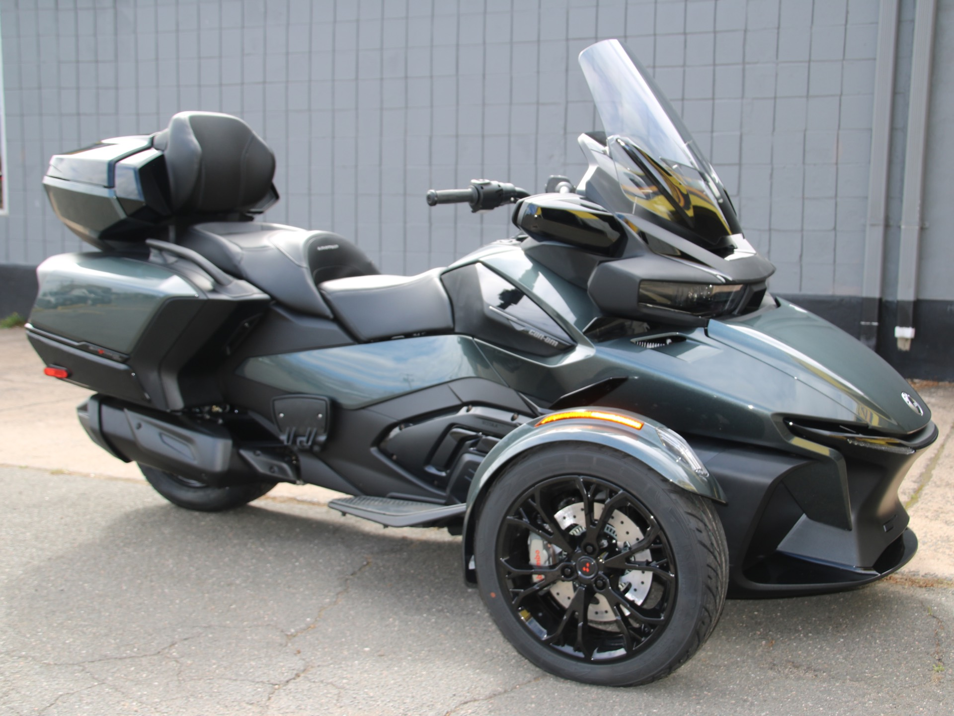2021 Can-Am Spyder RT Limited in Enfield, Connecticut - Photo 1