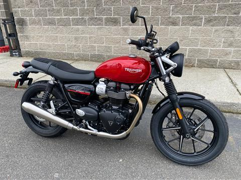 2020 Triumph Street Twin in Enfield, Connecticut - Photo 2