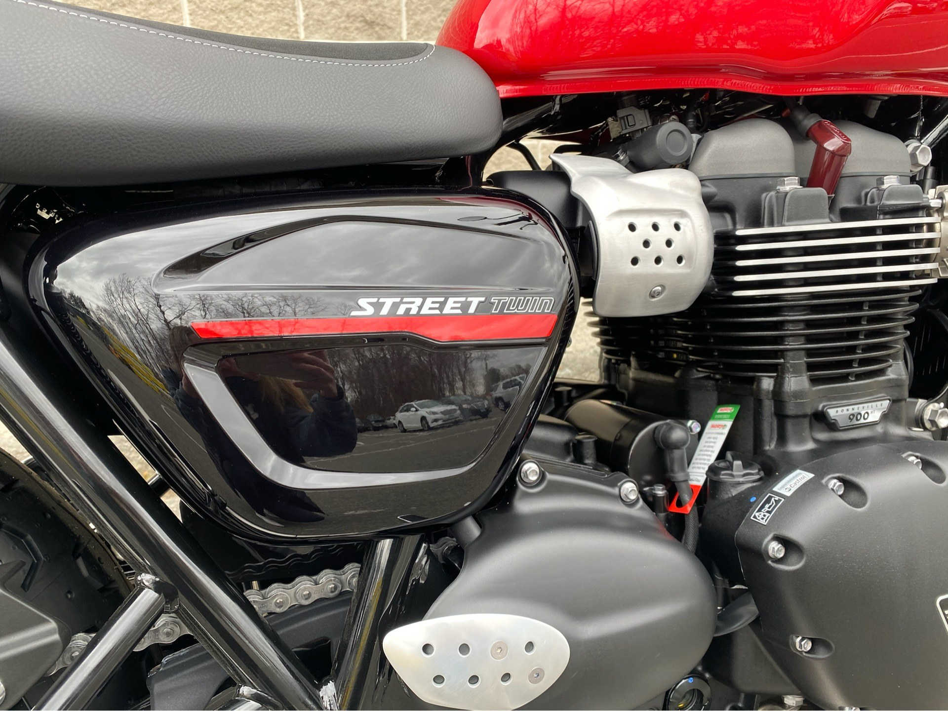 2020 Triumph Street Twin in Enfield, Connecticut - Photo 23