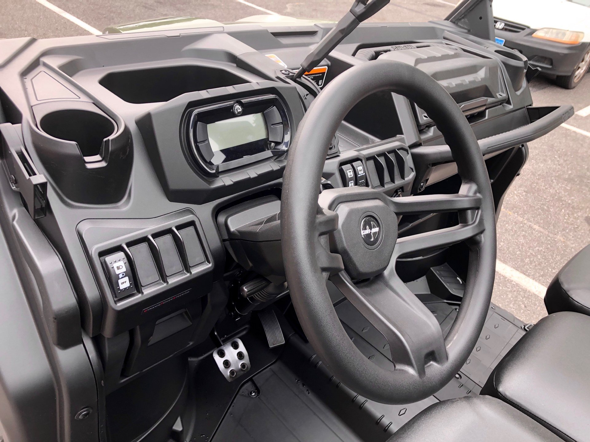 2020 Can-Am Defender DPS HD10 in Enfield, Connecticut - Photo 9