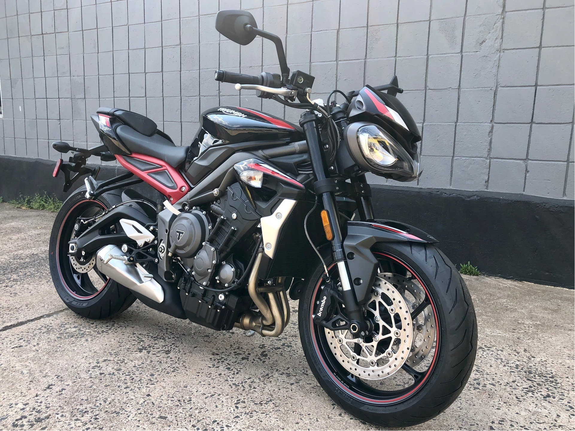 2020 Triumph Street Triple R Low in Enfield, Connecticut - Photo 1