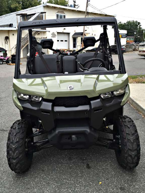 2016 Can-Am Defender HD8 in Enfield, Connecticut