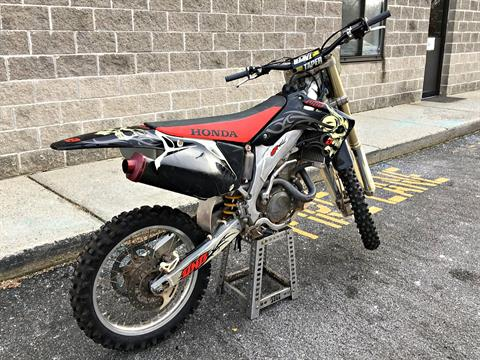 2004 Honda CRF450R in Enfield, Connecticut - Photo 3