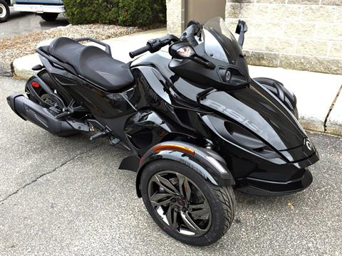 2016 Can-Am Spyder RS-S SE5 in Enfield, Connecticut