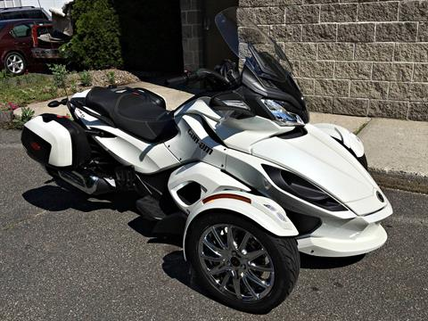 2013 Can-Am Spyder® ST Limited in Enfield, Connecticut