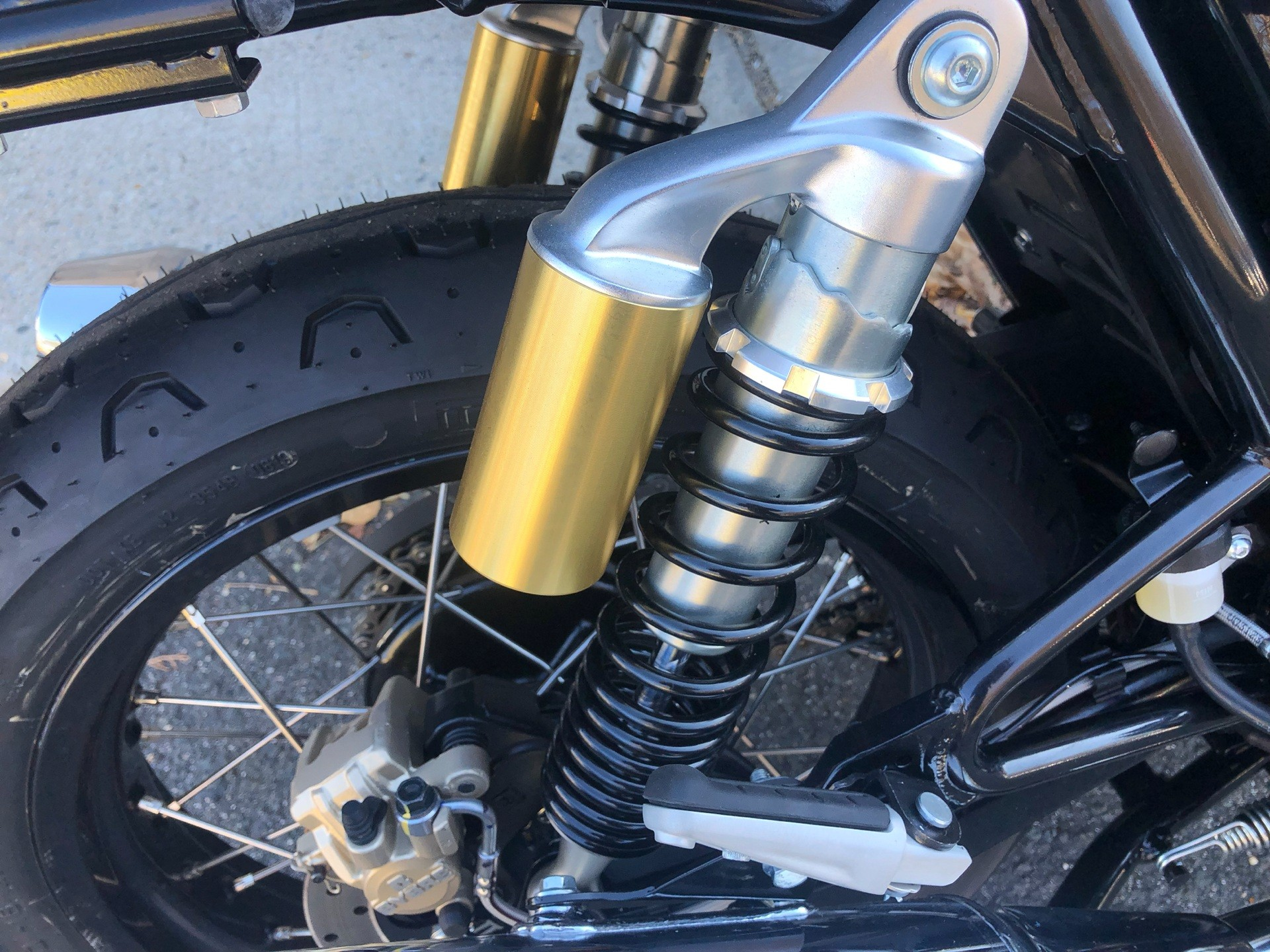 2020 Royal Enfield INT650 in Enfield, Connecticut - Photo 16