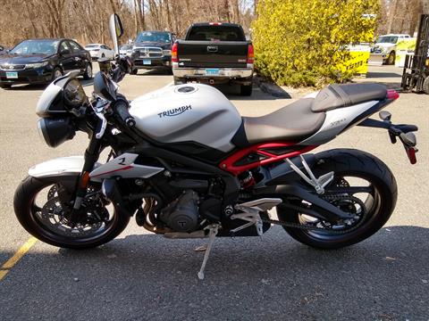 2019 Triumph Street Triple R LRH in Enfield, Connecticut - Photo 4