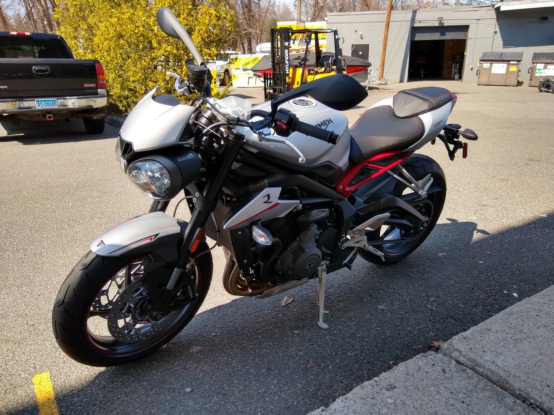 2019 Triumph Street Triple R LRH in Enfield, Connecticut - Photo 3