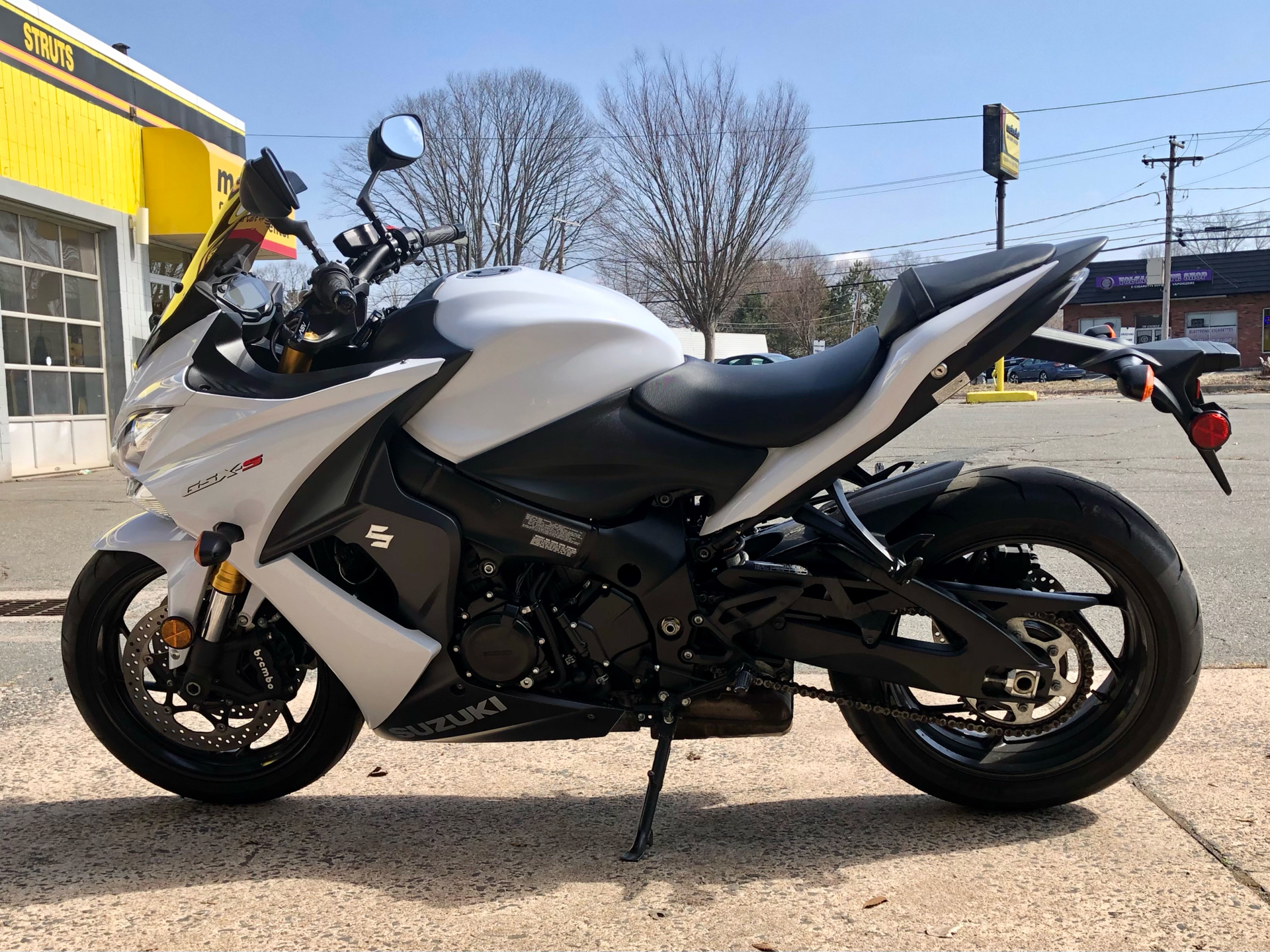 2018 Suzuki GSX-S1000F ABS in Enfield, Connecticut - Photo 5