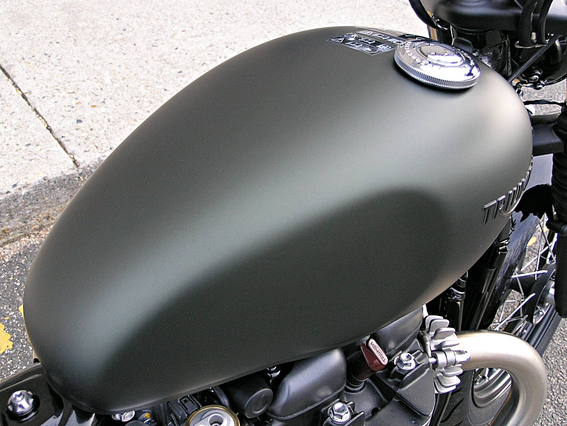 2019 Triumph Bonneville Bobber in Enfield, Connecticut - Photo 14