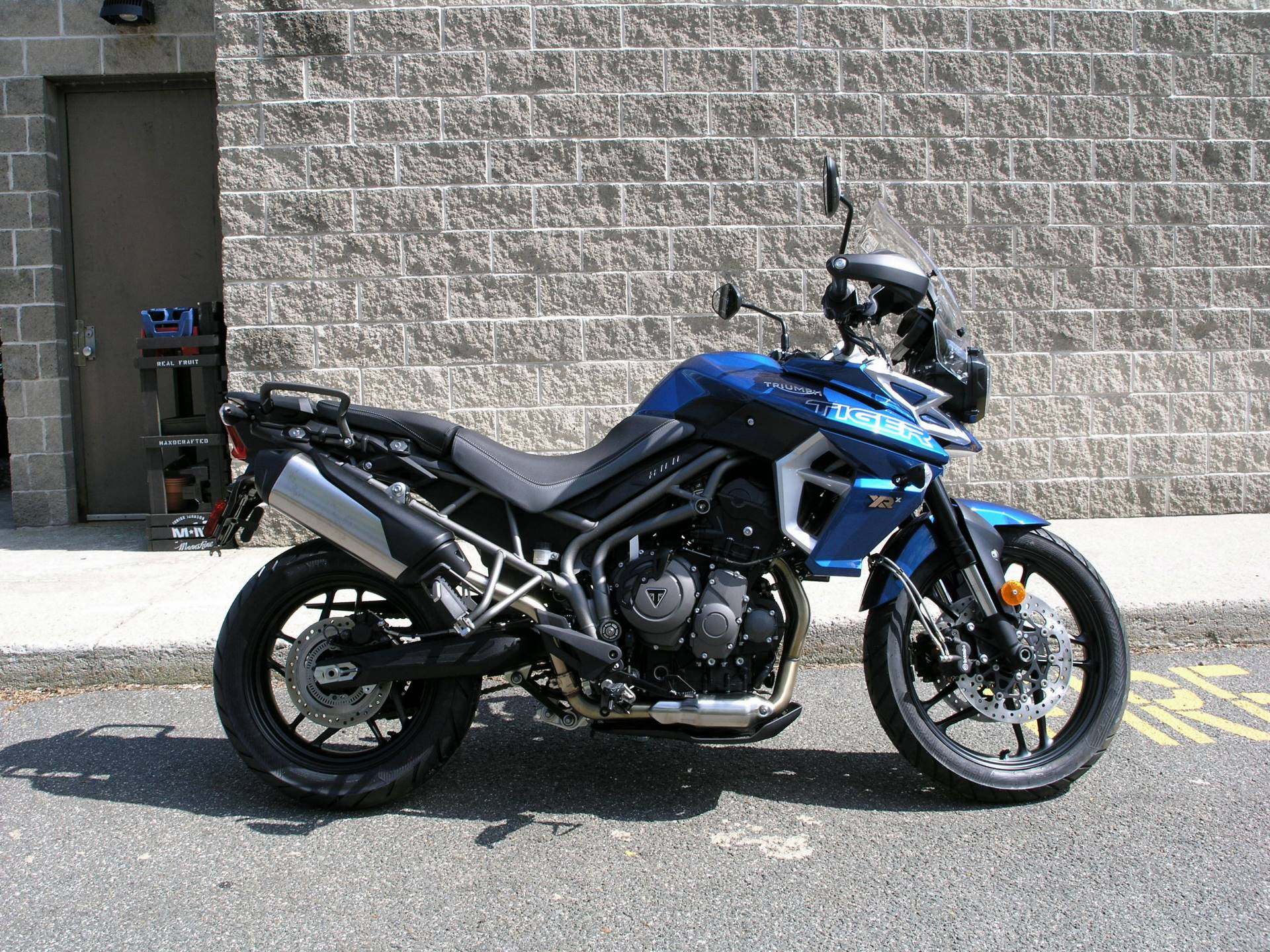 2018 Triumph Tiger 800 XRx Low in Enfield, Connecticut