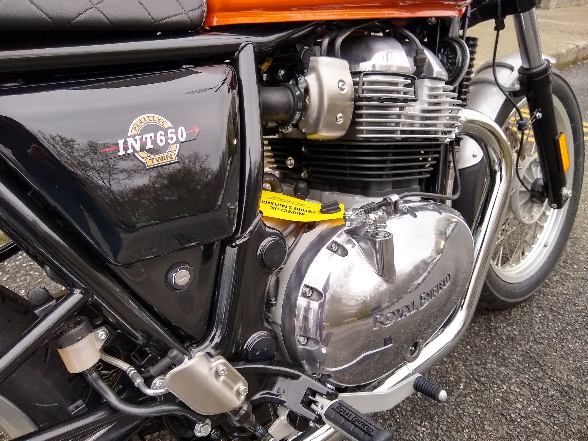 2019 Royal Enfield INT650 in Enfield, Connecticut - Photo 15