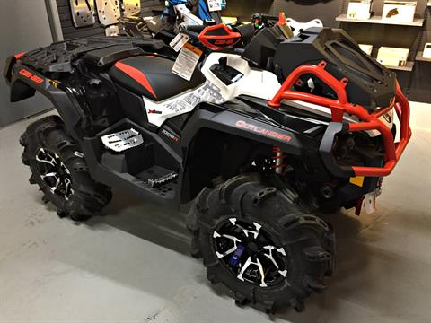 2017 Can-Am Outlander X mr 1000R in Enfield, Connecticut
