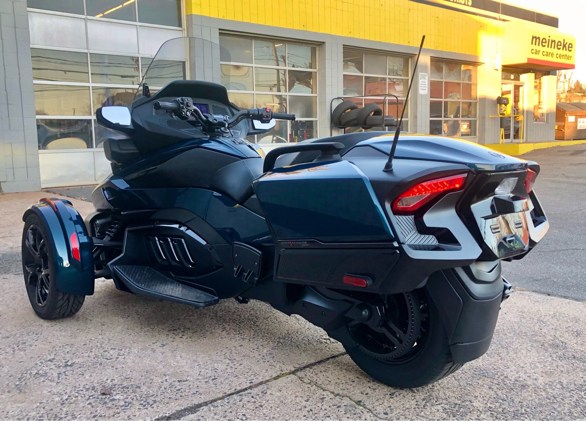 2020 Can-Am Spyder RT in Enfield, Connecticut - Photo 5
