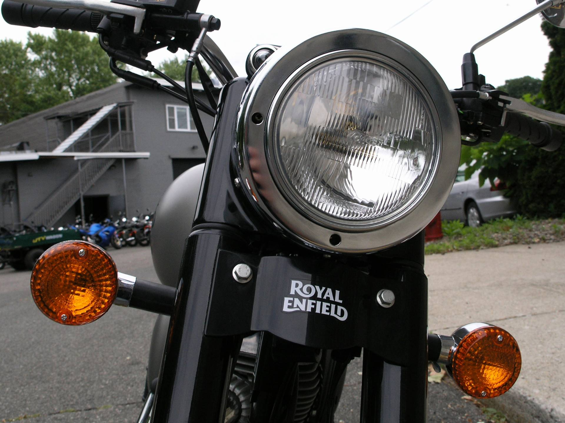 2018 Royal Enfield Classic Military ABS in Enfield, Connecticut - Photo 8