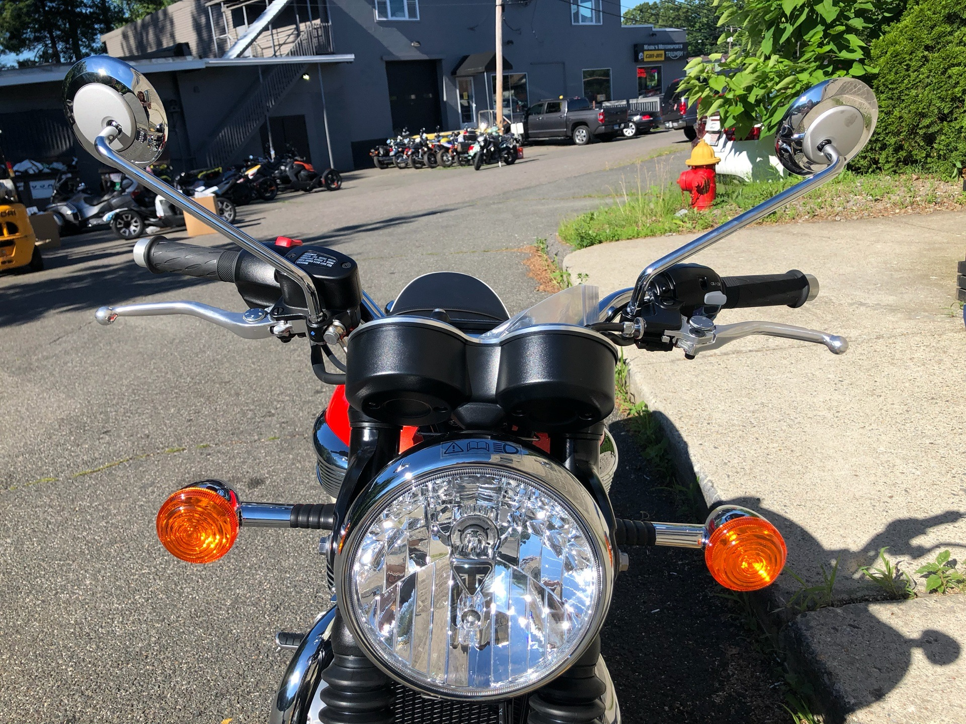 2019 Triumph Bonneville T100 in Enfield, Connecticut - Photo 9