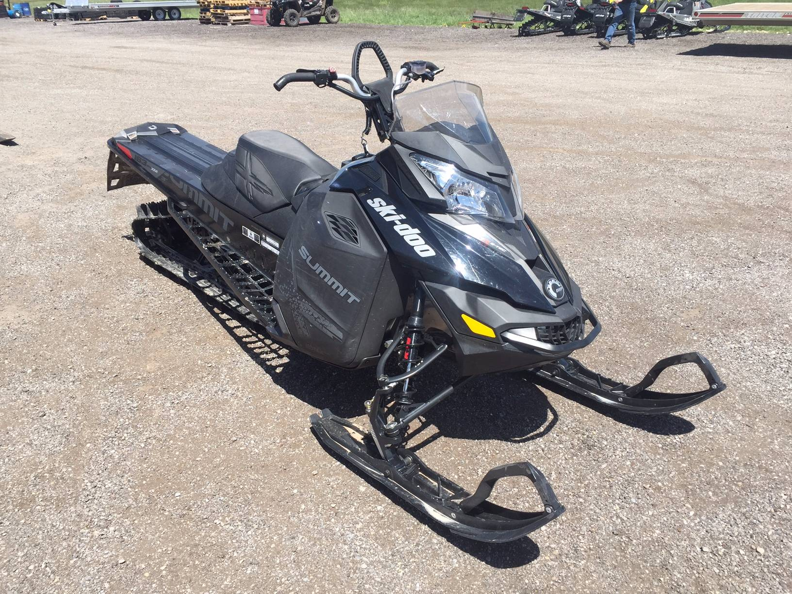 2016 Ski-Doo Summit X 872 BB 163 T3 in Kamas, Utah