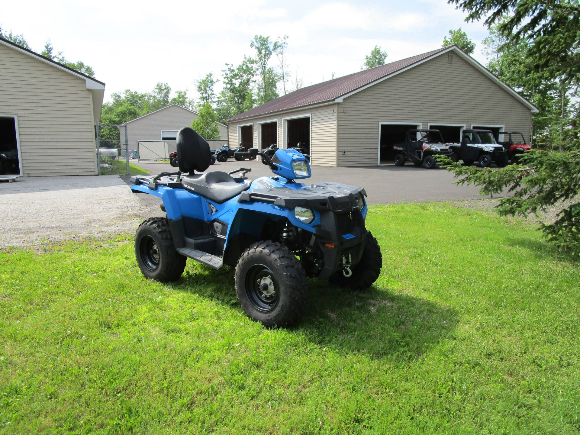 2018 Polaris Sportsman Touring 570 EPS in Newport, Maine - Photo 2