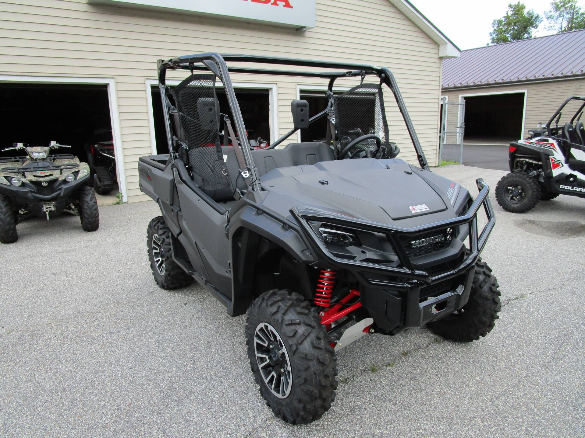 2018 Honda Pioneer 1000 LE in Newport, Maine - Photo 3