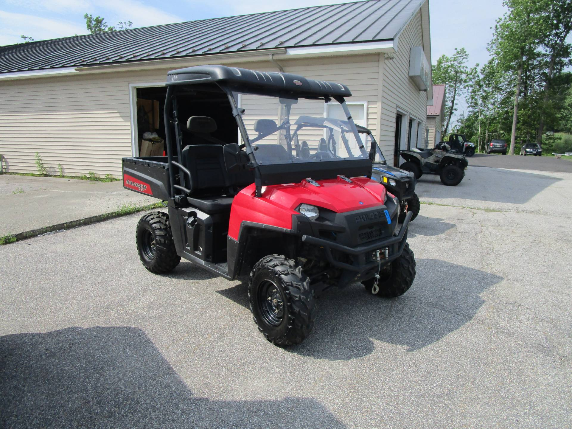 2010 Polaris Ranger 800 EFI XP® in Newport, Maine - Photo 2