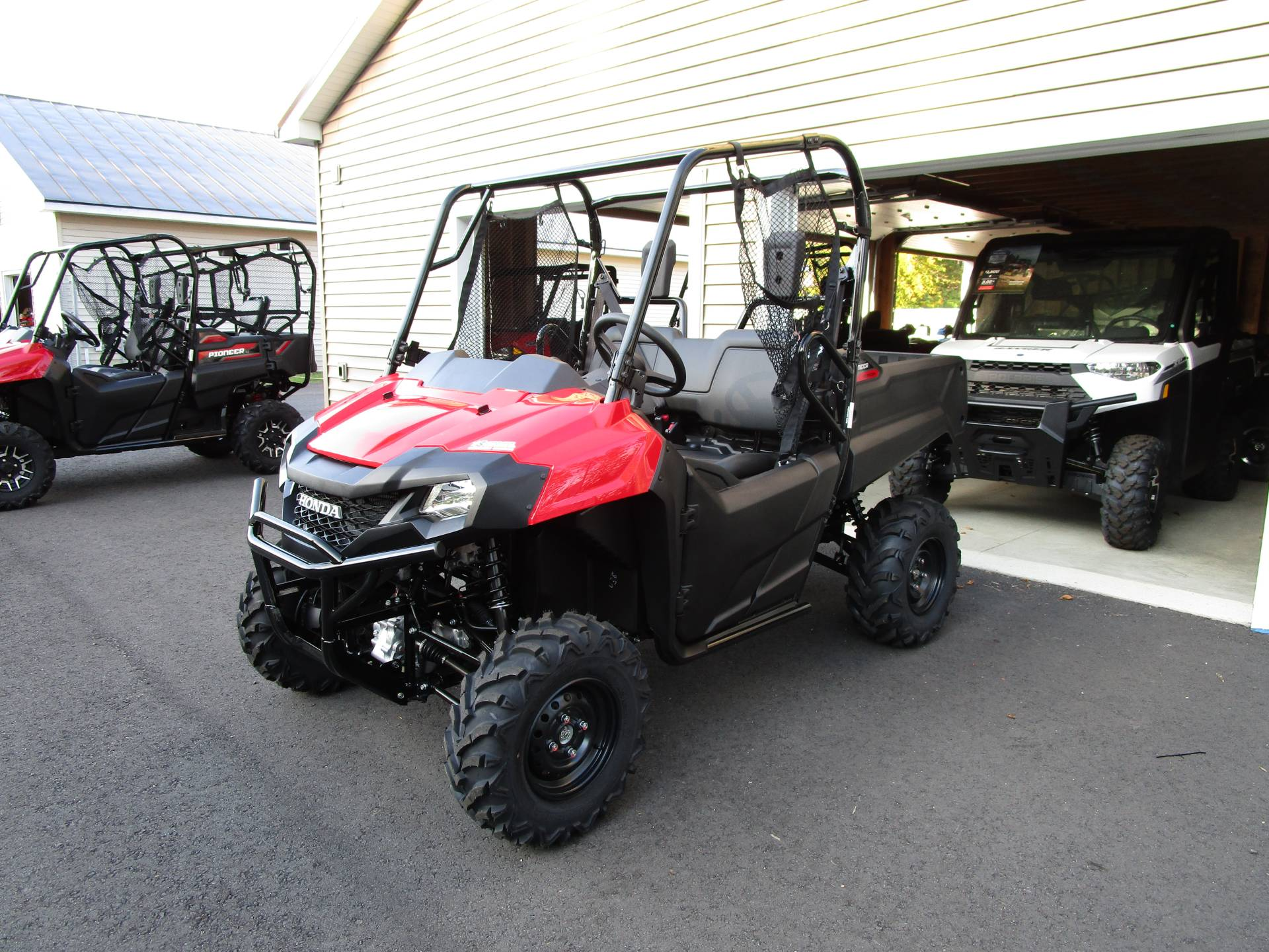 2020 Honda Pioneer 700 in Newport, Maine - Photo 1