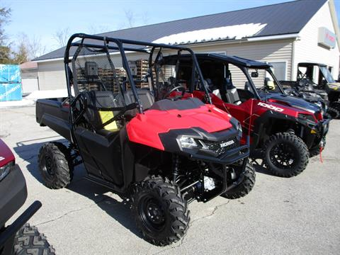 2020 Honda Pioneer 700 in Newport, Maine - Photo 3