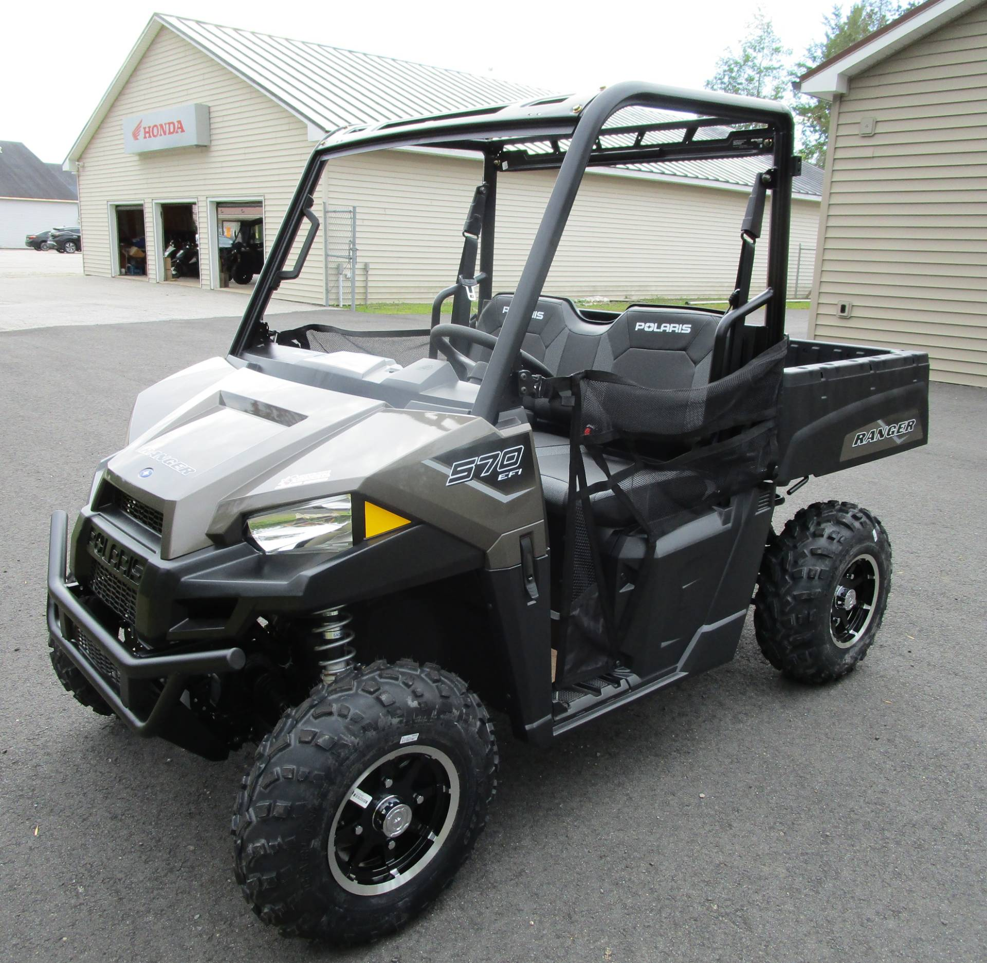2021 Polaris Ranger 570 Premium in Newport, Maine - Photo 1