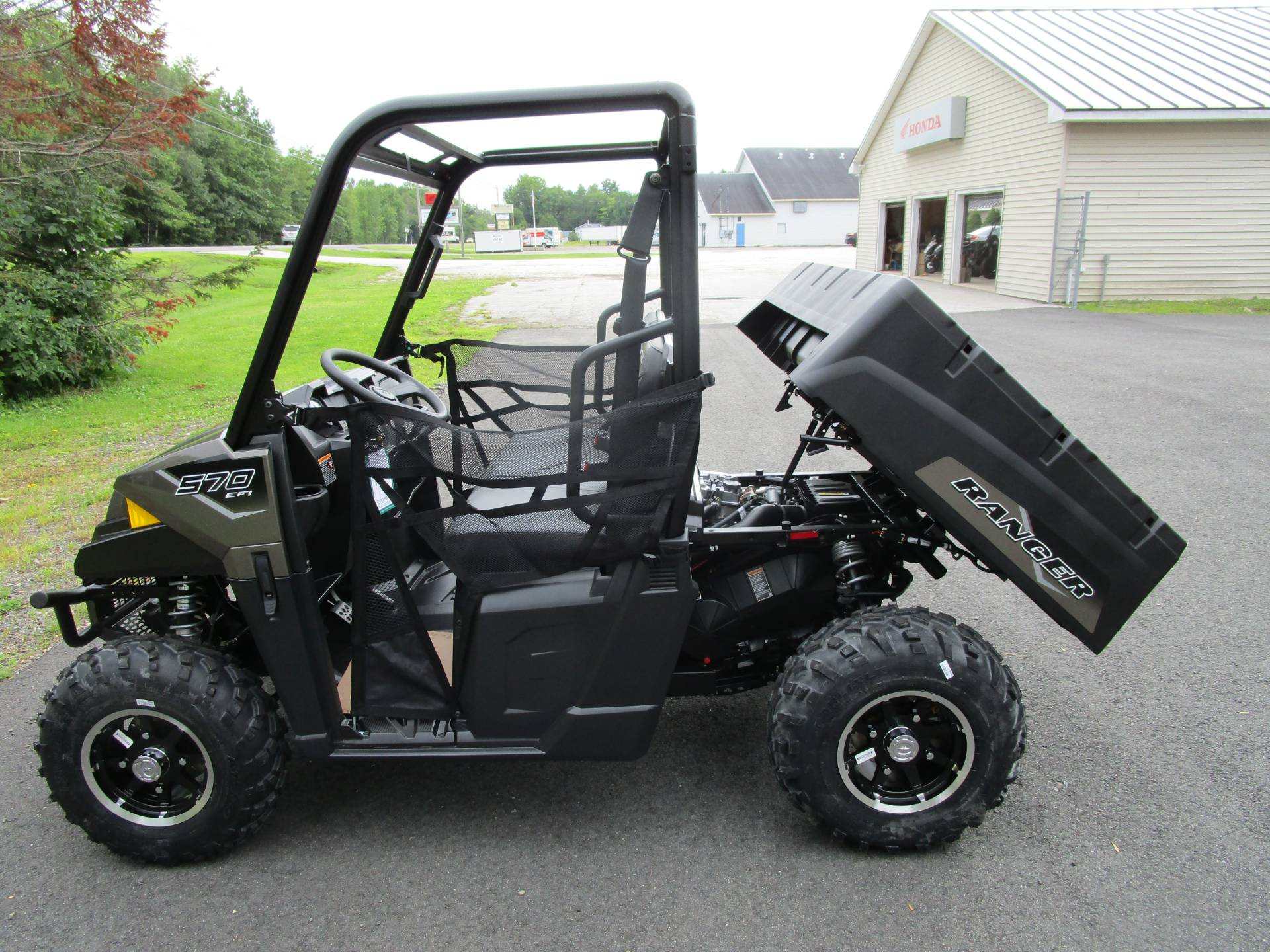 2021 Polaris Ranger 570 Premium in Newport, Maine - Photo 3