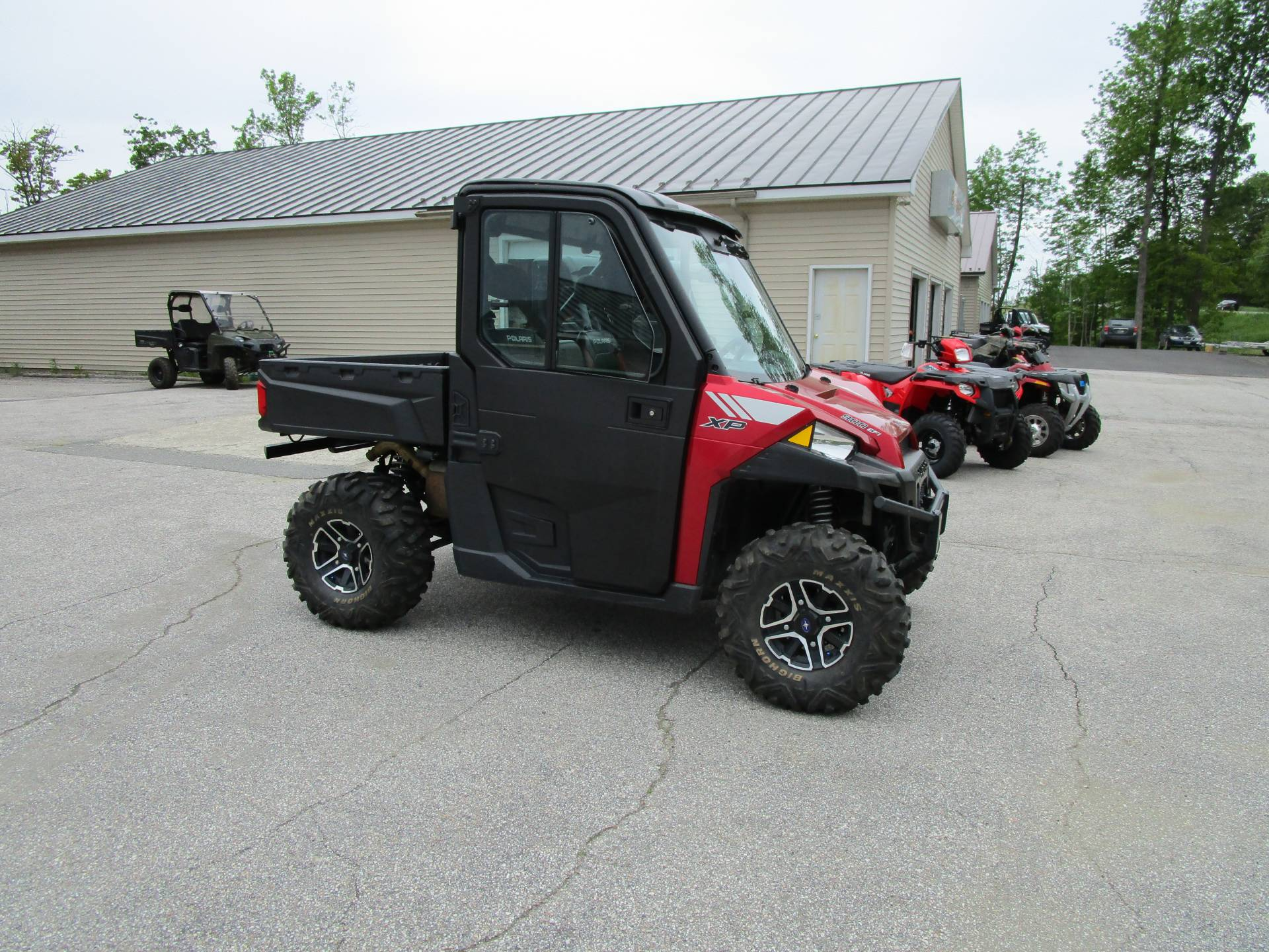 2013 Polaris Ranger XP® 900 EPS LE in Newport, Maine - Photo 2
