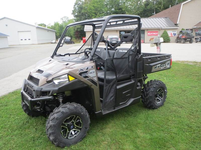 2017 Polaris Ranger XP 1000 EPS in Newport, Maine